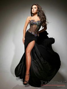 Gorgeous and spectacular night dress.