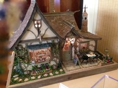 Trundle's Bakery by Don Silva.  2014 San Jose Good Sam Show & Sale of Dollhouse Miniatures