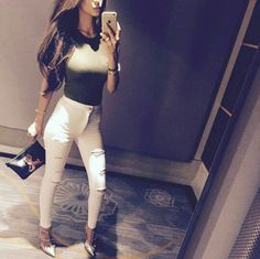 Faryal makhdoom Faryal Makhdoom Khan, Prettiest Actresses, Indian Designer Wear, Fashion Outfits, Womens Fashion, High Waist Jeans, Cool Girl, White Jeans, Cool Style