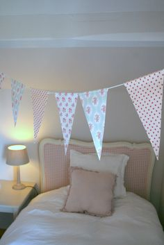 Super cute DIY to decorate a room!