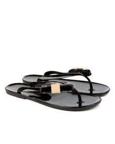 HATHA Side Bow Flip Flop | Ted Baker | #DesignersPlus | https://www.deloresaireydesigns.com/1/post/2014/03/vacation-vacation-vacation.html
