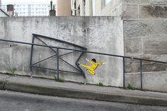 """""""Kung Fu"""" OU """"La puissance du dessinateur des rues."""" / By OakOak."""