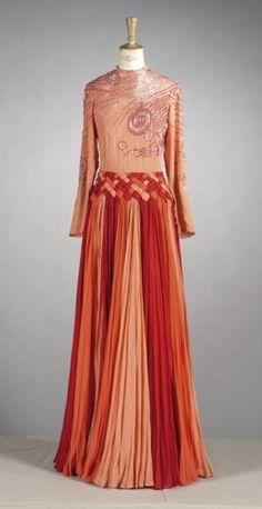 Valentino Couture Magnifique robe longue c.1985-88.