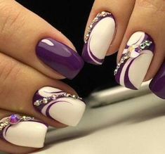 Hey there lovers of nail art! In this post we are going to share with you some Magnificent Nail Art Designs that are going to catch your eye and that you will want to copy for sure. Nail art is gaining more… Read Beautiful Nail Designs, Beautiful Nail Art, Beautiful Pictures, Party Nails, Fun Nails, Bling Nails, Fabulous Nails, Gorgeous Nails, Purple Nails