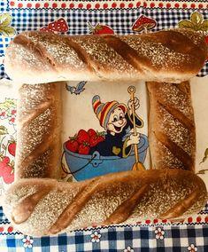 Kváskové bagety – moje malé veľké radosti Pancakes, Toast, Breakfast, Ethnic Recipes, Basket, Brot, Morning Coffee, Pancake, Crepes