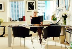 Work It: Top 10 Workplace Don'ts | Visual Therapy