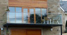 50 Incredible Glass Railing Design for Balcony Fence Interior Balcony, Bedroom Balcony, Balcony Railing Design, Glass Railing, Glass Fence, Pergola With Roof, Patio Roof, Frameless Glass Balustrade, Juliette Balcony