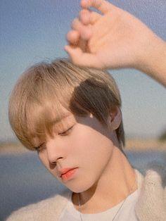 Drama Korea, Korean Drama, Solo Music, Music Drawings, Take A Shot, Aesthetic Boy, Love Me Forever, Tumblr Boys, Korean Music