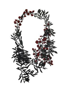 'Neckpiece #7' by Helen Shirk, 2014. Mild steel (heat coloured), china paint.