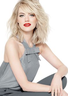 Emma Stone ilove really this Hair look Emma Stone Style, Lob With Bangs, Hairstyles With Bangs, Lob Bangs, Hair Bangs, Emma Stone Hairstyles, Emma Stone Blonde, Emma Stone Bangs, Emma Stone Haircut