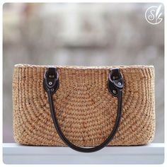 FREE SHIPPING Handwoven straw purse picnic basket picnic