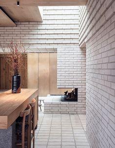 LOVE White Brick wall / grey grout Noma Restaurant Copenhagen by Studio Thulstrup Brick Interior, Interior Architecture, Interior Design, Design Interiors, Contemporary Architecture, Kitchen Interior, Bar Design Awards, Noma Restaurant, Restaurant Design