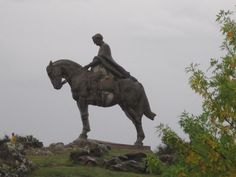 The greatest atteaction in Minas is this amazing statue of General José Artigas on his horse. It is just east of town, up on Cerro Artigas, overlooking the town. It is huge. It was the largest horse statue in the world until a massive statue of Genghis Khan was completed in Mongolia in 2009. I left the tiny person in the lower left corner for perspective. It is 18 meters tall and 9 meters long. It is quite incredible and so beautifully made. Even the horse looks like it is crying.