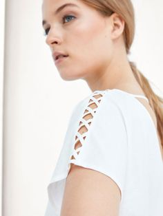 Women´s Camisetas at Massimo Dutti online. Kurti Sleeves Design, Kurta Neck Design, Sleeves Designs For Dresses, Blouse Neck Designs, Churidar Neck Designs, Tunic Designs, Kurta Designs Women, Sleeve Designs, Frock Design