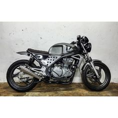 Another custom project a.k.a masterpiece for today just done... from full std kawasaki er-5 fully ...