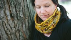 Free Pattern: Honey and Berries Cowl  Introducing our Honey and Berry Cowl inspired by all things autumnal: you know, that cozy place with swirls of warm fires and crisp breezes. Your hands are both warm and chilled as you tromp through fallen leaves while sipping a hot drink. That place.