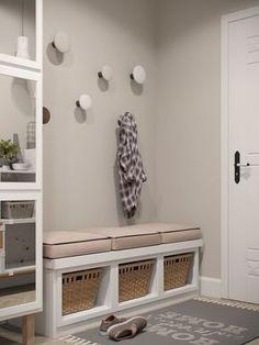 Stylish Apartment Redesign in Minsk – Kallax Ideas 2020 Gray Interior, Interior Design, Flur Design, Diy Design, Design Ideas, Porch Decorating, Small Apartments, Design Case, Mudroom