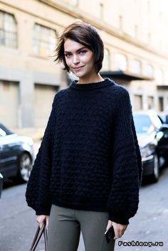 Продолжаем утепляться – новые свитеры