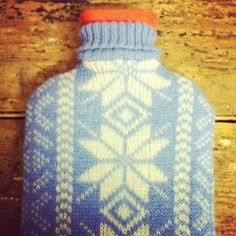 Repurposed Sweater Hot Water Bottle: Repurposed - / crafts with wool Repurposed Sweater Hot Water Bottle: Repurposed - Repurpose Ideas Fabric Crafts, Diy Crafts, Rainbow Magic, Felt Applique, Sewing Projects For Beginners, Wool Felt, Felted Wool, Bottle Crafts, Water Bottle