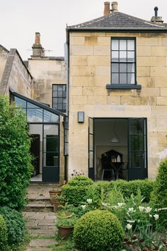 The property we fitted the Sebastian Cox kitchen in was a beauty. Located in Bath, the owners decided to install an extension using Crittall style windows and doors and fitted the kitchen in this newly formed glass room. Old French Doors, English Country Kitchens, Glass Extension, Extension Ideas, Side Extension, Devol Kitchens, Glass Room, House Extensions, Kitchen Extensions