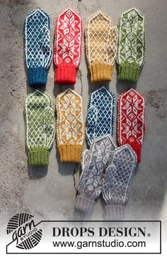 Christmas Claps / DROPS Extra – Free knitting patterns by DROPS Design – knitting charts Knitted Mittens Pattern, Fair Isle Knitting Patterns, Knit Mittens, Knitting Charts, Free Knitting, Crochet Patterns, Scarf Patterns, Finger Knitting, Knit Cowl