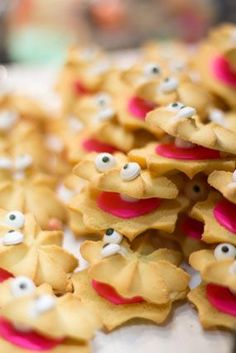 clam shell butter cookies ~ adorable for a mermaid, beach or under the sea themed party! @Jordyn Crane Crane Middleton