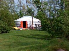 Mongoolse yurt, boerenrust camping voor de meivakantie, zeeland.