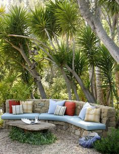 Rustic Backyard by Grace Design Associates, Callifornia.