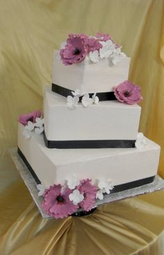 Black Purple White Fall Spring Square Summer Winter Wedding Cakes Photos & Pictures - WeddingWire.com