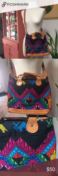 Woven Boho Purse Cross Body Leather Handwoven boho purse. Pattern and colors are awesome! Leather handles and base, cross body strap has adjustable length. Inner pocket. Measures: 14' long by 12' tall. Vintage Bags Crossbody Bags