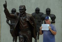 fc996a5fb25 Joe Paterno, college football and the world of State College, Pa., home