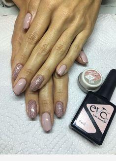 Nails with glitter and a beautiful color Bio Gel Nails, Glitter Gel Nails, Pink Nails, Toe Nails, Bio Sculpture Gel Nails Summer, Bio Sculpture Nails, Watermelon Nails, Pretty Nail Designs, Powder Nails