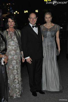 princesse caroline le prince albert et sa femme charlene                   Princess Caroline, Prince Albert and Princess Charlene.....