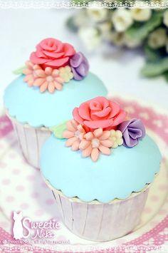 flower+cupcake