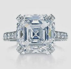 Shiniest Engagement Ring, Blingiest and Most Glam Diamond Ring