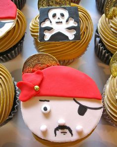 cupcakesandhappiness--my nephew would love these!!