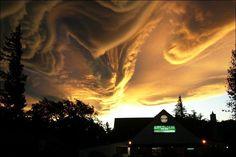 tornado-17.jpg 766×511 pixels
