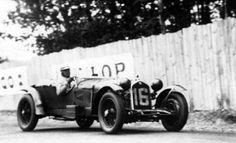 ALFA ROMEO 8C 2300 #16 LM 1931 Este coche es el Alfa Romeo 8C 2300 #16 que ganó las 24 horas de Le Mans de 1931. Fue pilotado por Eark Howe y Tim Birkin.