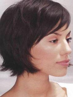 Short Bob Hairstyles with Bangs Short Hair Cuts For Women, Short Hairstyles For Women, Hairstyles With Bangs, Fine Hairstyles, Italian Hairstyles, Fine Hair Styles For Women, Sport Hairstyles, Brunette Hairstyles, Black Hairstyles