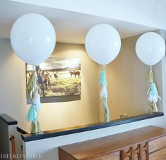 Pretty party balloons with tassels (tutorials linked) | freckles chick