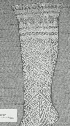 Knit stocking from the collection at the MFA in Boston. It's Italian, knit in silk and metal threads from the early part of the Vintage Knitting, Hand Knitting, Knitting Patterns, Historical Costume, Historical Clothing, Knit Stockings, Blackwork Embroidery, Knit Fashion, Antique Dolls