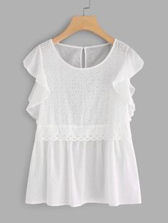 Online shopping for Flutter Sleeve Eyelet Babydoll Top from a great selection of women's fashion clothing & more at MakeMeChic. Mom Outfits, Chic Outfits, Traje Casual, Friday Outfit, Modelos Plus Size, Lacy Tops, Girls Fashion Clothes, Look Plus, Whimsical Fashion