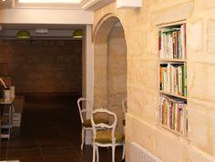 Bibliothèque et coin repos Architecture Design, Bookcase, Shelves, Home Decor, Sleeping Nook, Architecture Layout, Shelving, Decoration Home, Room Decor