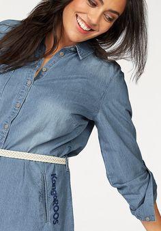 Die lässige Variante der Jeansbluse fällt bis über die Hüften: das überlange Longhemd von Kangaroos!  Denimkleid in antaillierter Passform
