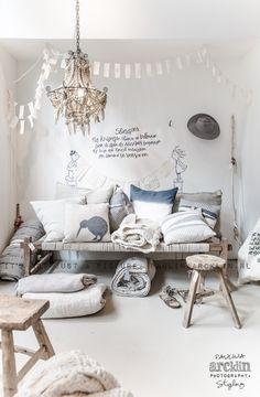 inspiring home interior design ideas bycocoon.com | villa design | hotel design | bathroom design | kitchen design | design products | renovations | Dutch Designer Brand COCOON ||  © Paulina Arcklin