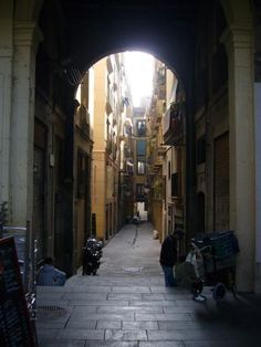 Another archway...Italian style