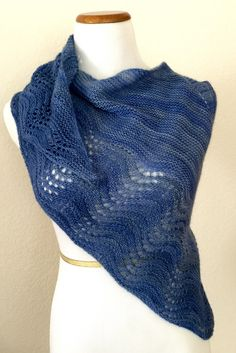 Free knitting pattern for easy Multnomah Shawl - Kate Ray's shawl features an easy feather and fan lace border on a garter stitch shawl. Great with multi-color yarn!