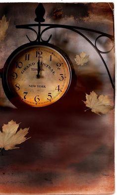 valla iyi geceler :) saat gece yarısı peri beni çağırıyor ! sıyırdım accık :))))