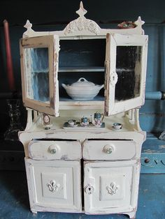 French Country hutch love it