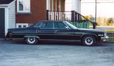 1976 Buick Electra Limted Same year as my first car only mine was silver Buick Electra, Electra 225, General Motors Cars, Buick Cars, Buick Skylark, American Classic Cars, Car Buyer, Pedal Cars, Small Cars
